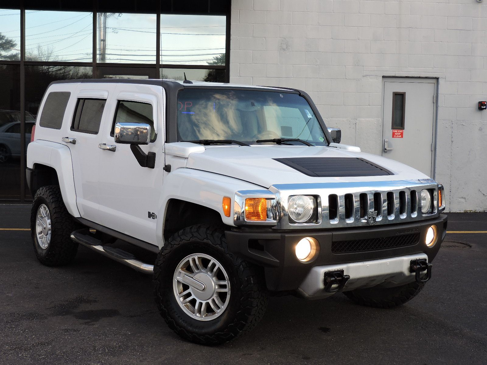 Unhinged: Bringing Hummer Back As An Electric Vehicle Brand?