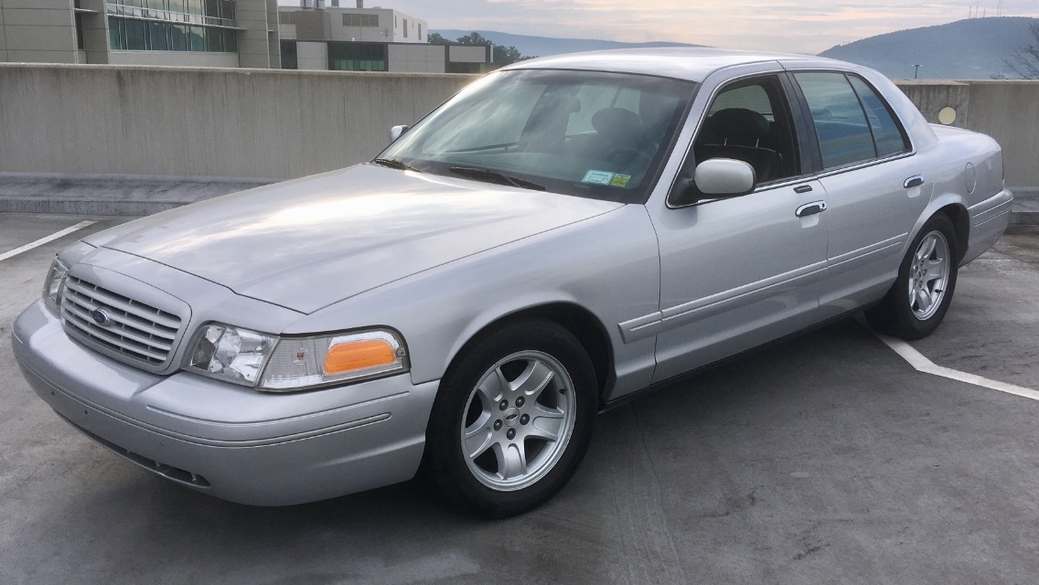 Commuting Done Right: This Manual-Swapped Ford Crown Victoria Is A Budget Daily Build!