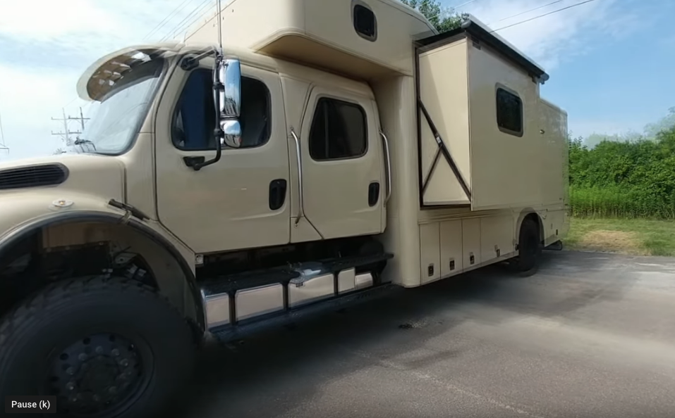 This Super C Motorhome Is A Military Grade Giant That Would Be An Epic Off-Road Adventurer