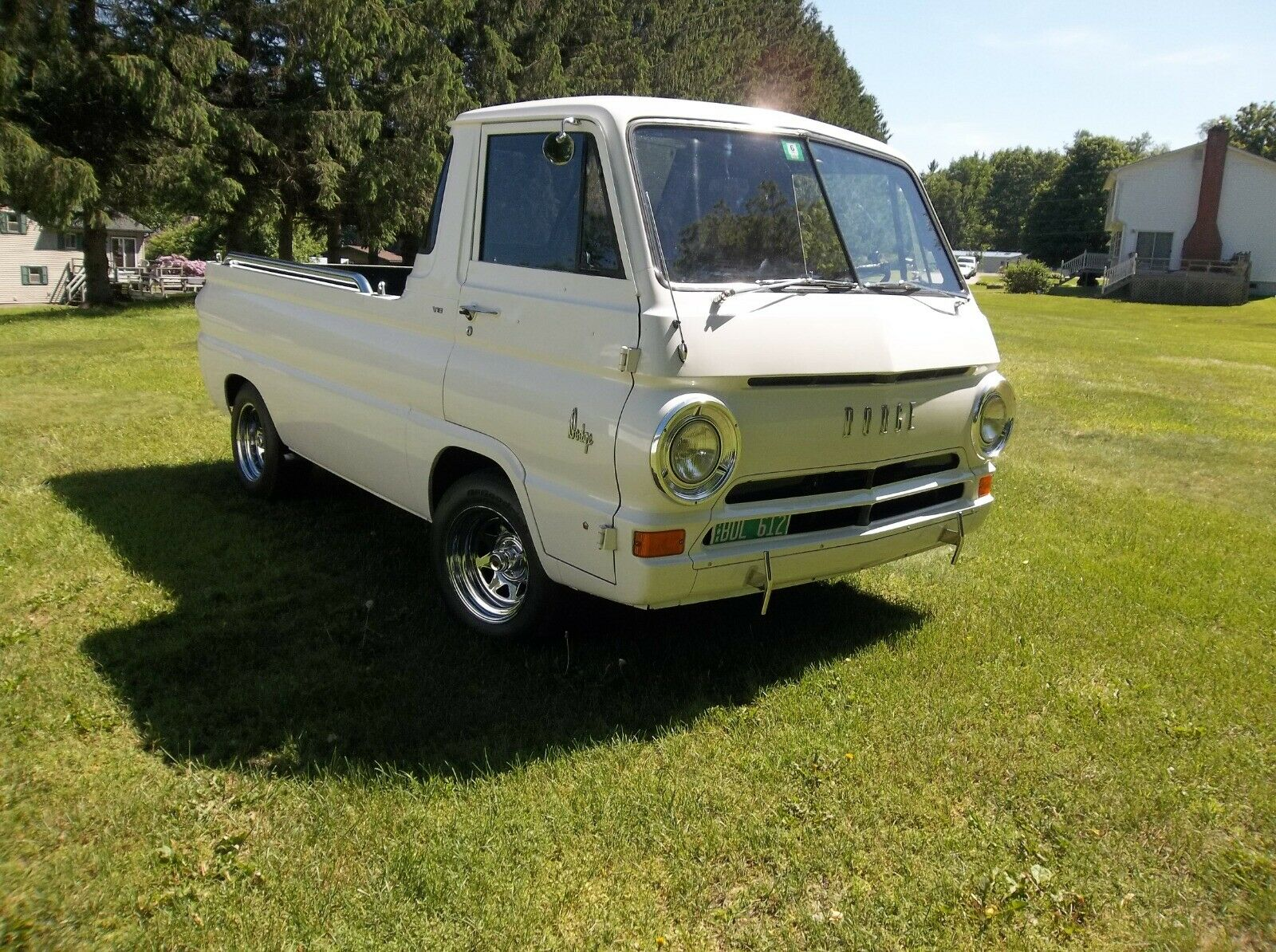Cab Over, Cab Forward, Whatever. This 1965 Dodge A-100 Rules!