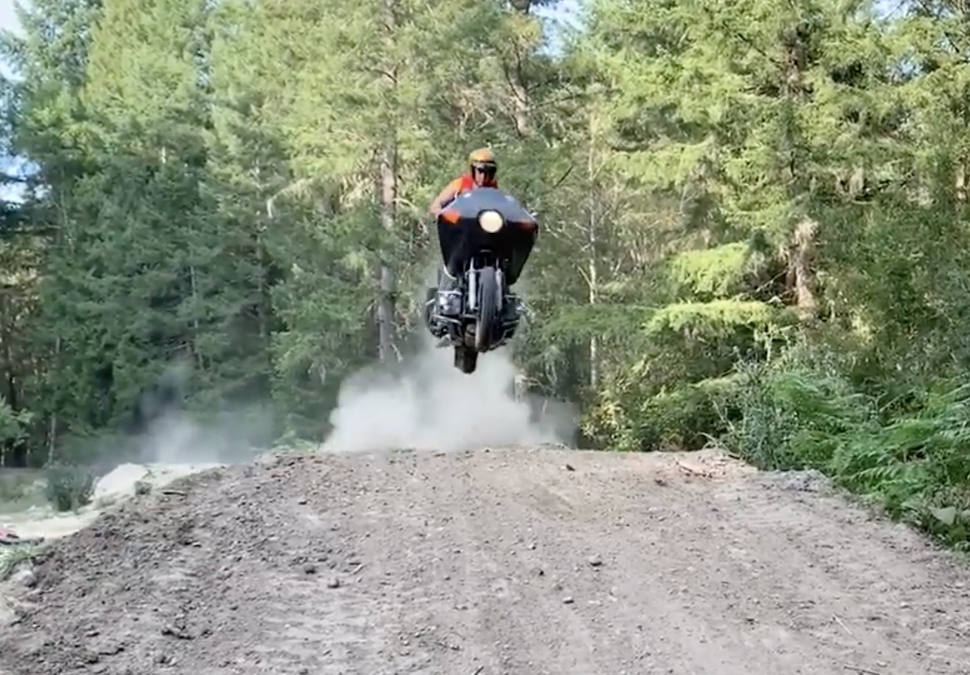Hitting The Dusty Trail: Honda Gold Wings On A Motocross Track!
