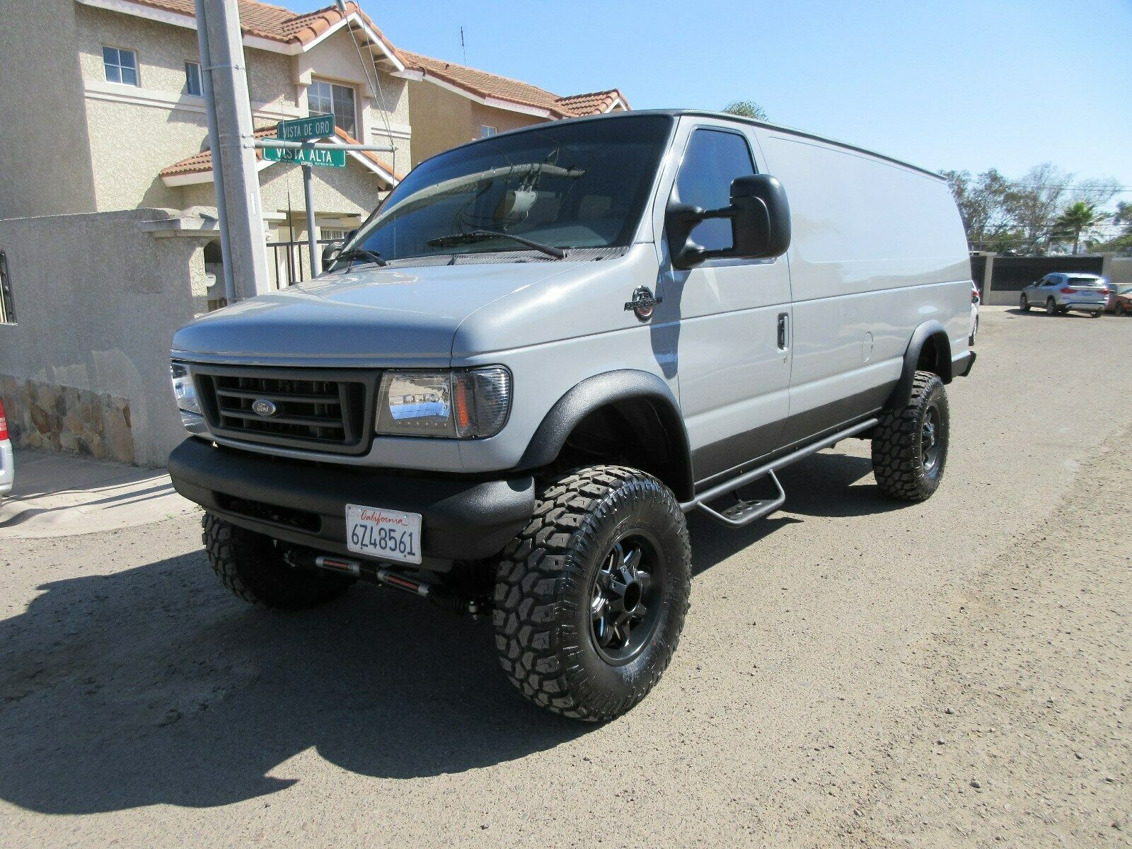 Vanlife: This Power Stroke-powered Ford E-Series 4×4 Is The Base To Your Base Camp!