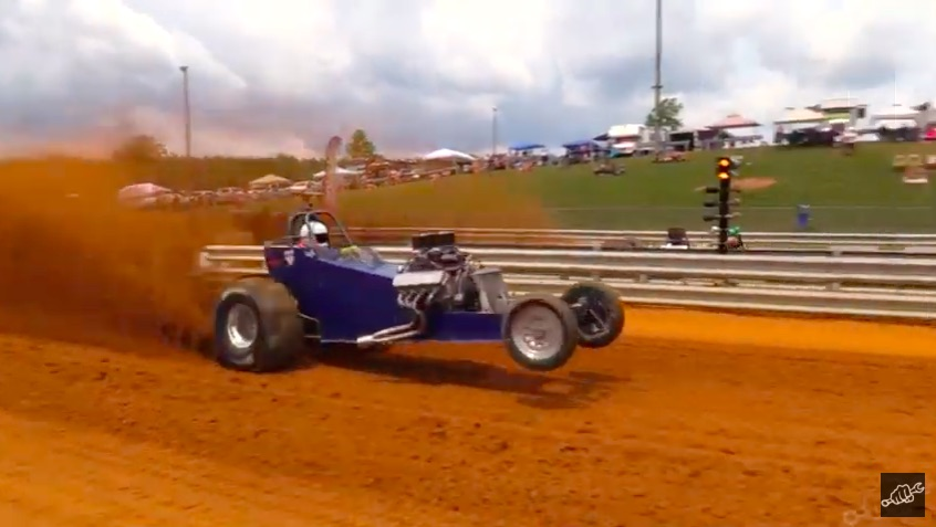 Super Scoopers: Watch This Awesome Sand Drag Racing Video From The Import vs Domestic Race In Virginia!