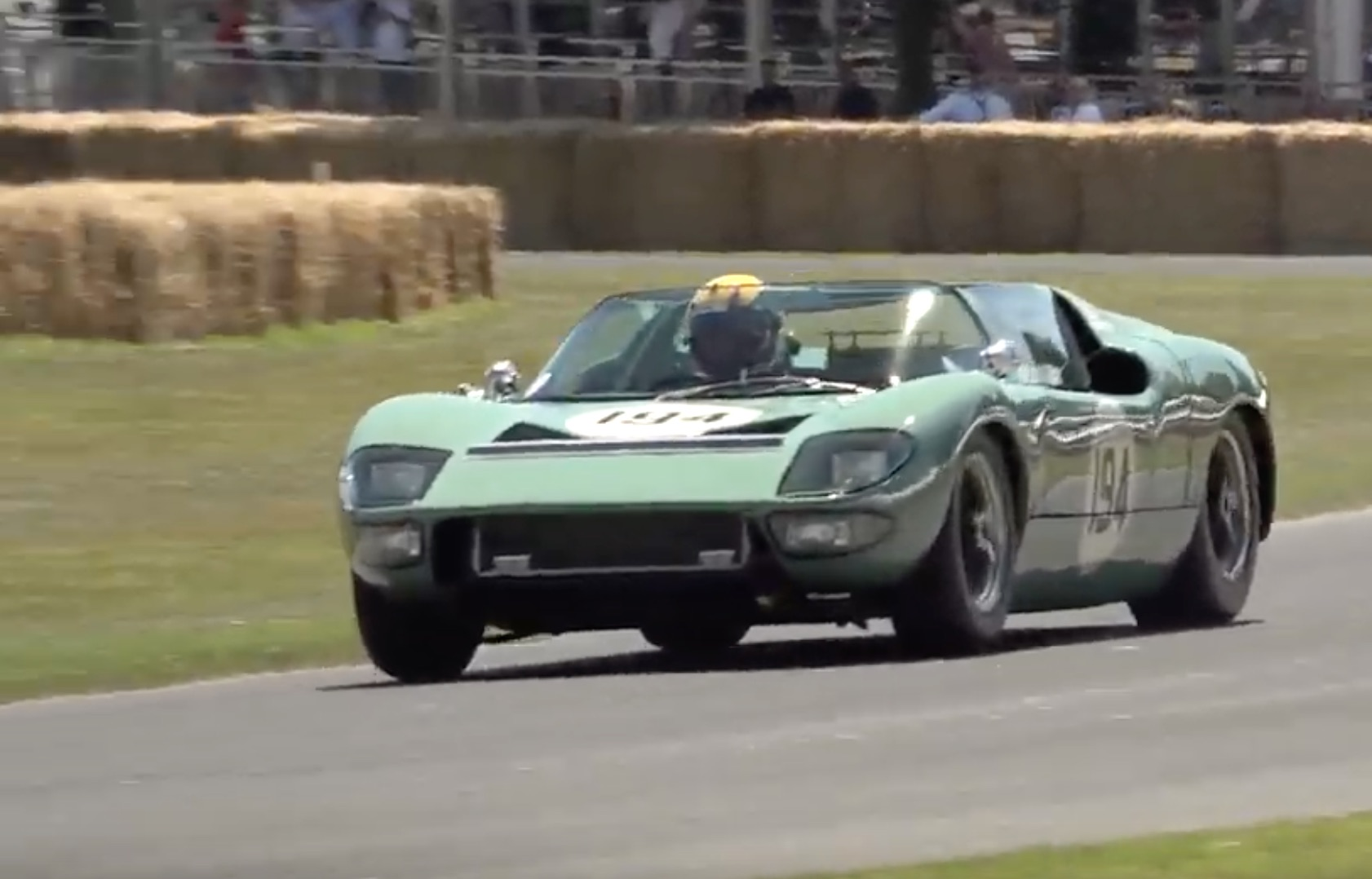 Morning Symphony: The Ford GT40 Roadster – One Of Five Ever Made