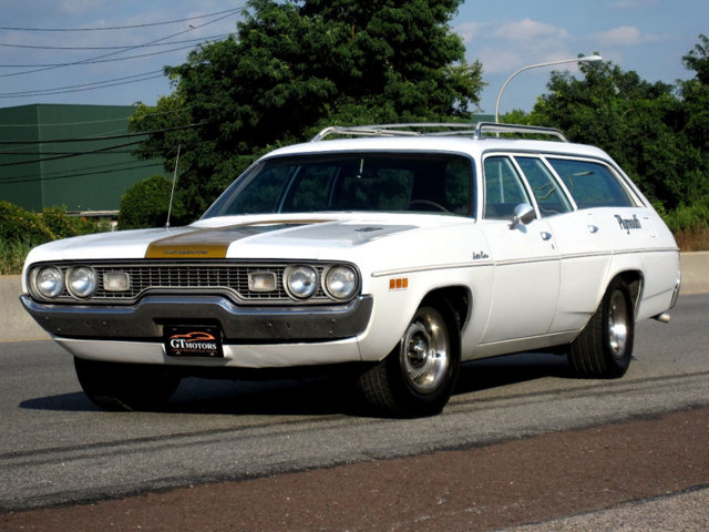 Best of 2019: This 1971 Plymouth Satellite Wagon Blends Muscle Car And Family Car Beautifully