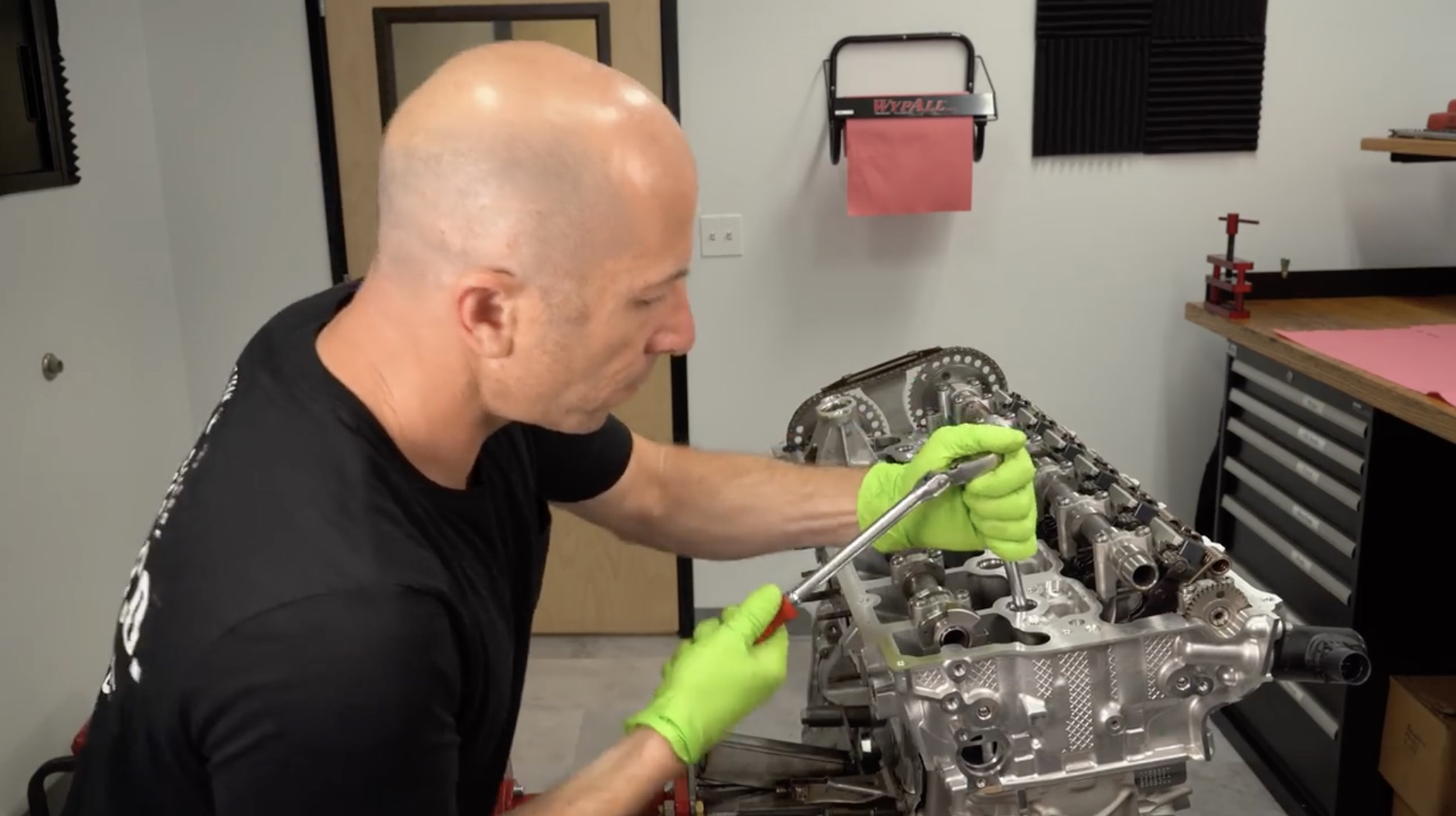 Open Heart Surgery: Get A Full Teardown Of The New Toyota Supra's Inline-Six!