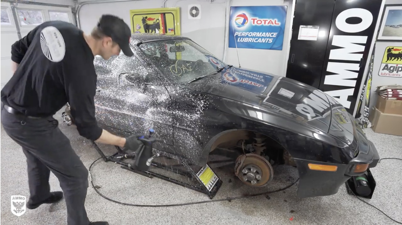 Cleaning For Charity: Deep-Scrubbing This Porsche 944 For Kids