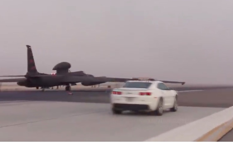 Awesome Video: Ride Along In A Camaro SS As It Acts As The Spotter Car For U2 Spy Plane Landings!