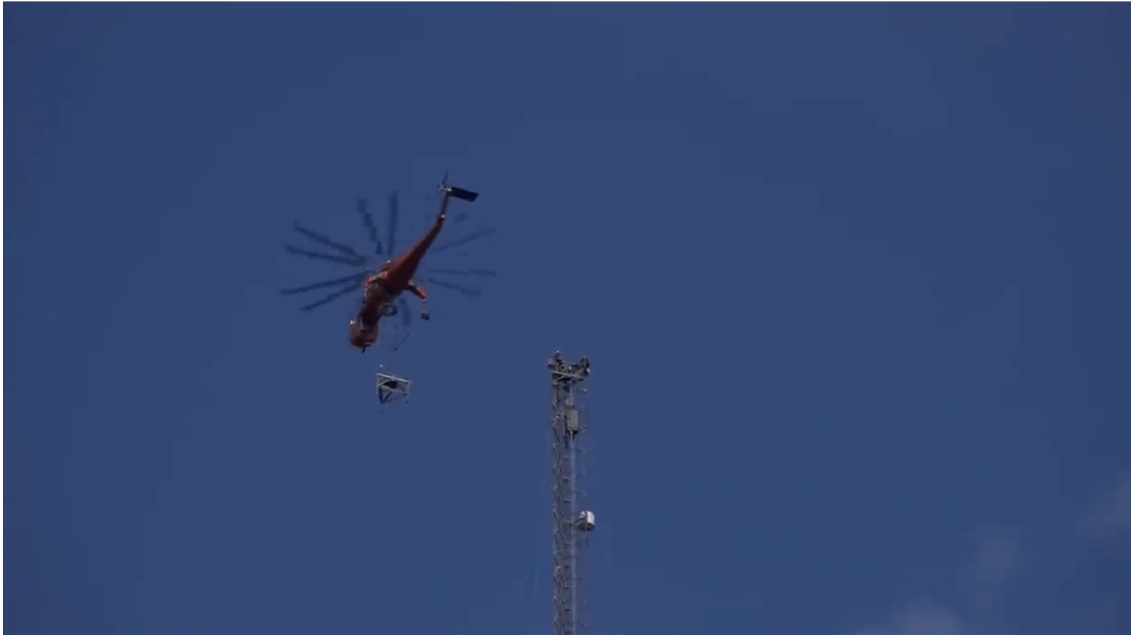 Skycrane And Skyline: Changing Out A Television Transmitting Antenna Over A Quarter-Mile Up!