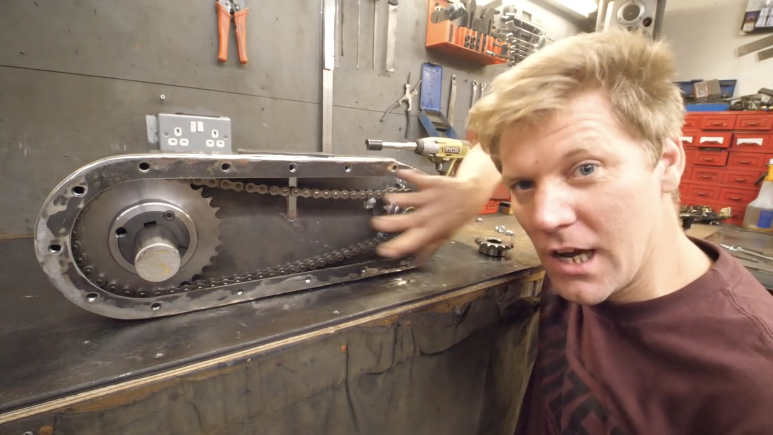 How To Build A Screw Tank, Part Two: Gearboxes And Chassis Creation!