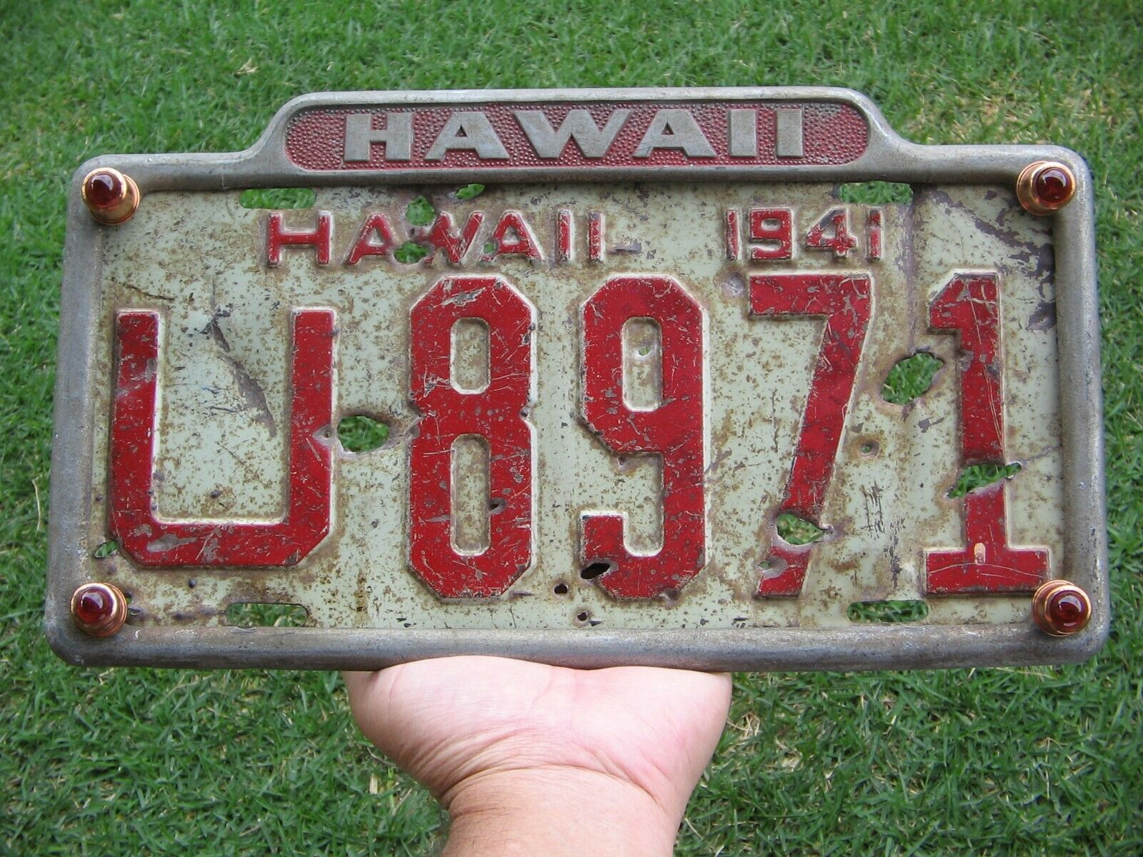 This $25,000 1941 Hawaii License Plate Puts Our DMV Fees Into Check Real Fast!