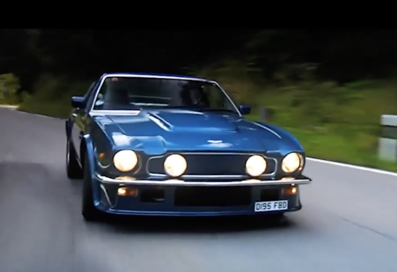 Morning Symphony: 1977 Aston Martin V8 Vantage