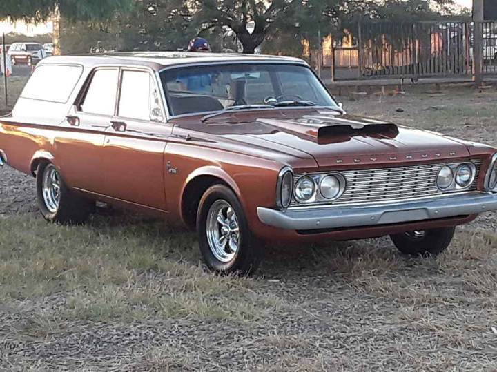 Wagonmaster: This 1963 Plymouth Savoy Wagon Has A 440, A 4-Speed, and Our Heart