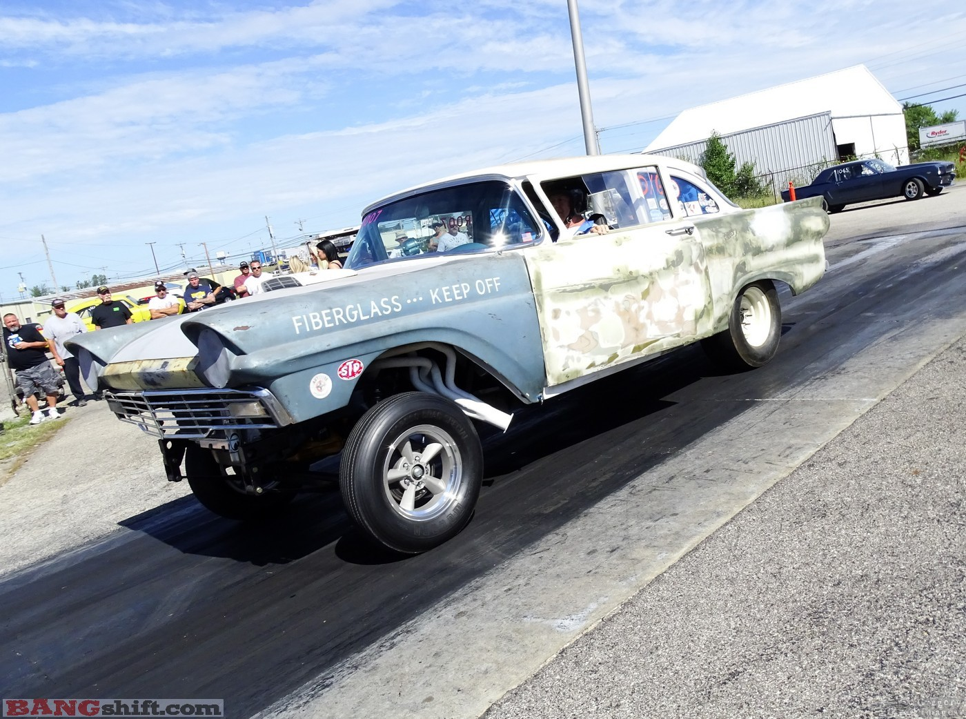 Drag Race Action Photo Coverage: The US60 Nostalgia Nationals – Wheels Up and Tire Smoking Fun!
