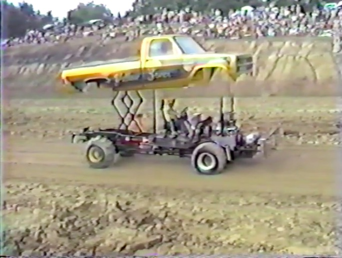 Show and Go: This 1986 Pulling Footage Rules Because Of Awesome Trucks, Big Revs, and Showmanship