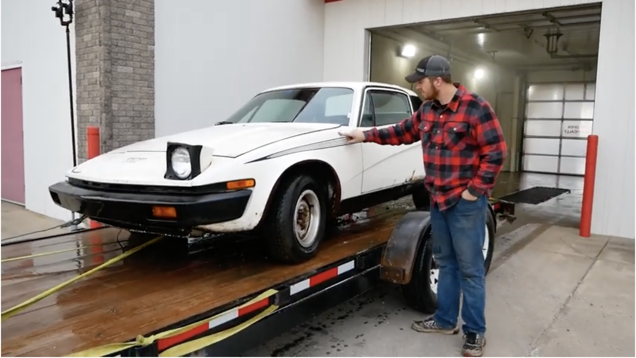 A Brit Abroad: Rescuing A 1976 Triumph TR7 Out Of It's 34-Year Parking Spot