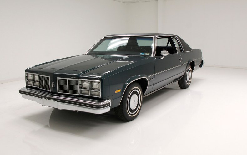 They'd Never See You Coming: This 1977 Oldsmobile Delta 88 Is Ripe For The Building