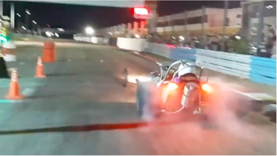 Drag Racing Down South, Way Down South: Check Out This Action From Argentina! Slingshots, Crazy Four Bangers, and More!