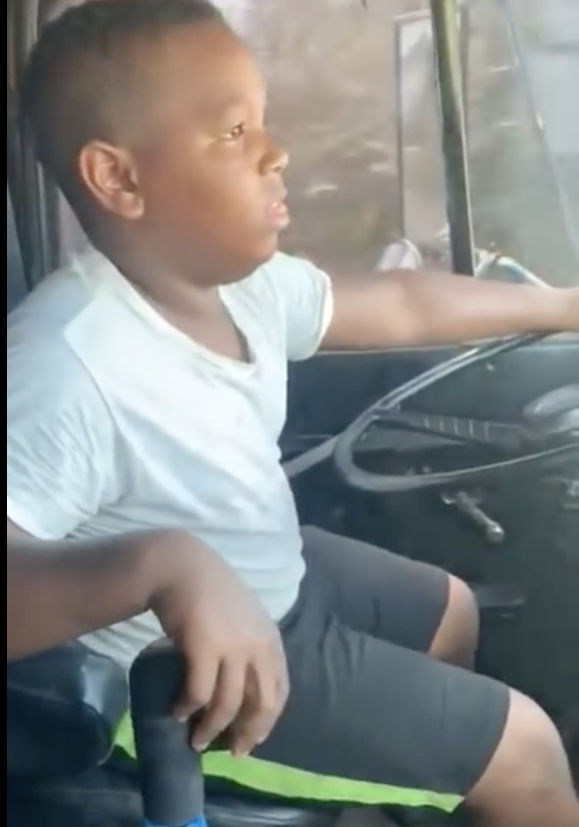 Young Gearjammer: This Kid Drives A Truck And Runs The Gears Better Than You