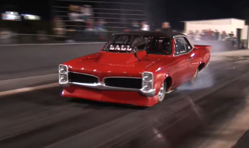 The Pro Street Class At The Throwdown In T-Town Was Epic! Can Daddy Dave Take On All Comers?!