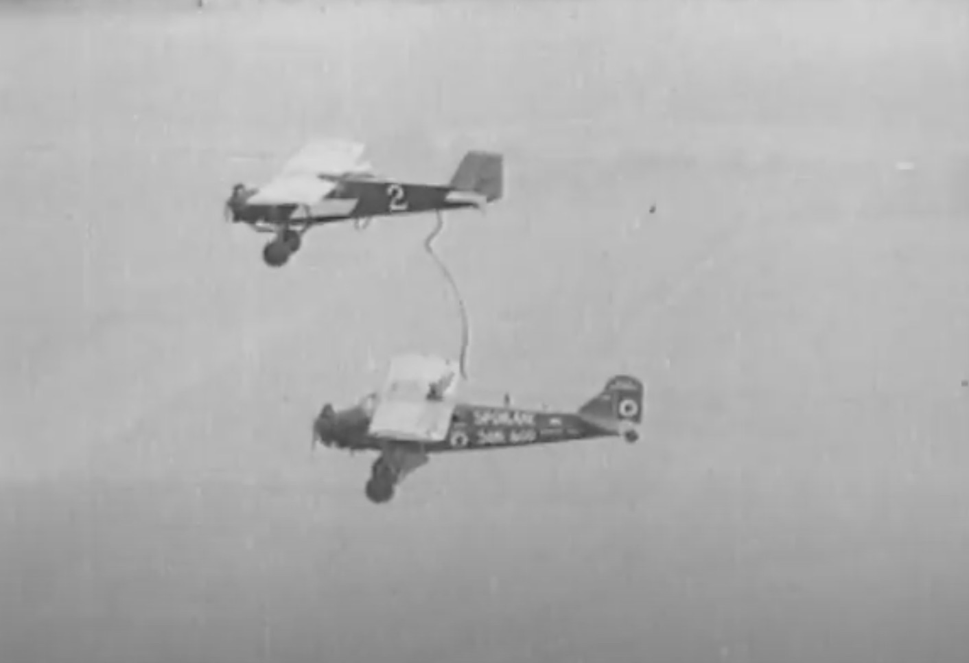 On This Day: The First Successful Mid-Air Refueling Happened In 1923