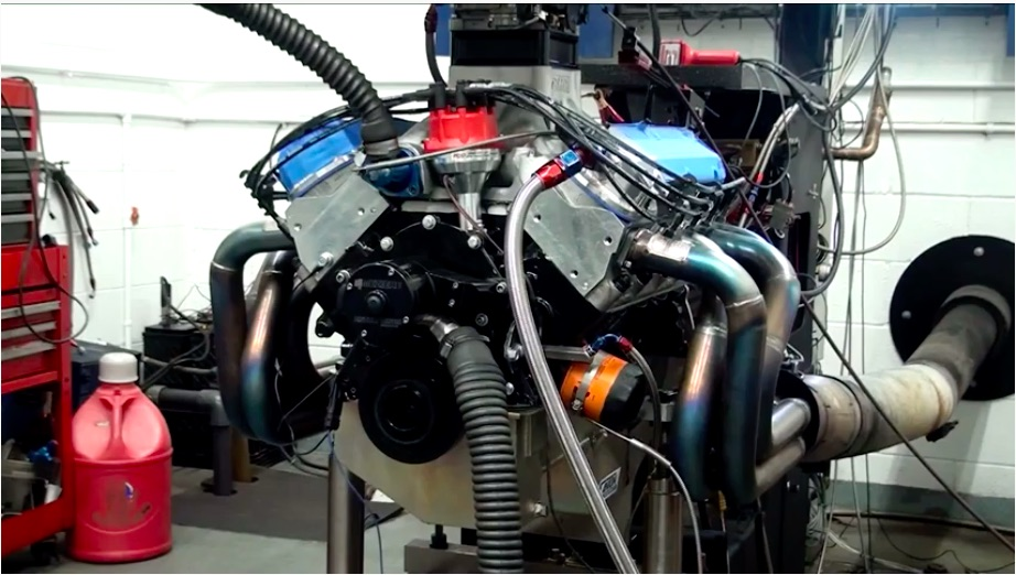 Roaring Ford: Watch This 445ci Ford Make 845 Naturally Aspirated Horsepower On The Dyno – Ooga Booga!
