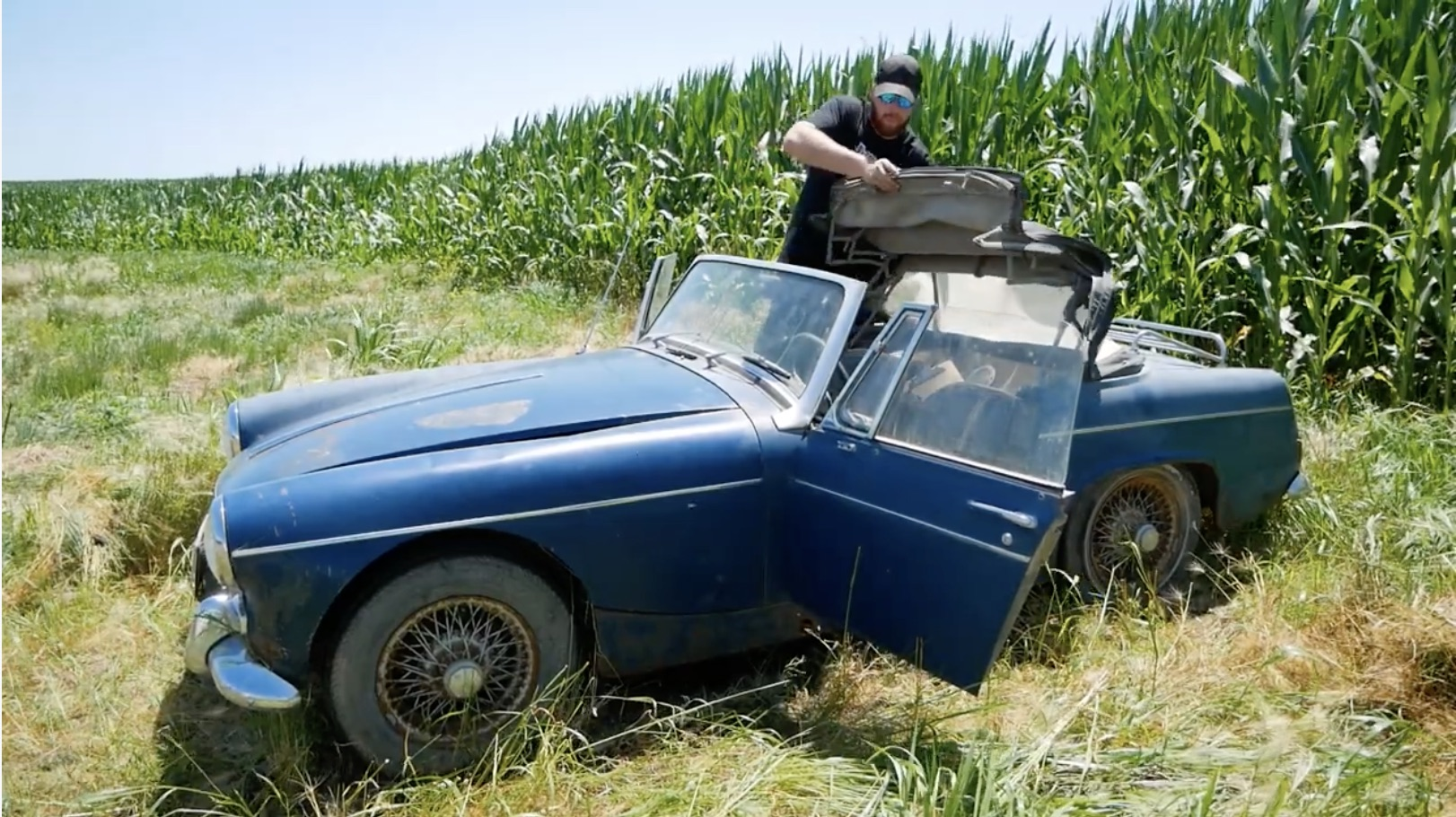 Midget Of The Corn: This MG Roadster Revival Is Off To A Flying Nope!