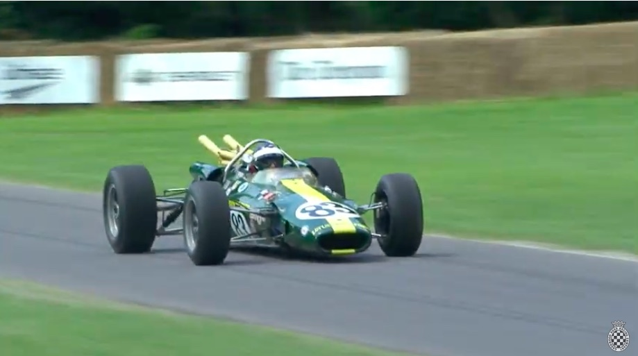 Full Throated History: Watch The Legendary Indy 500 Winning Lotus 38 Run Up The Hill At Goodwood