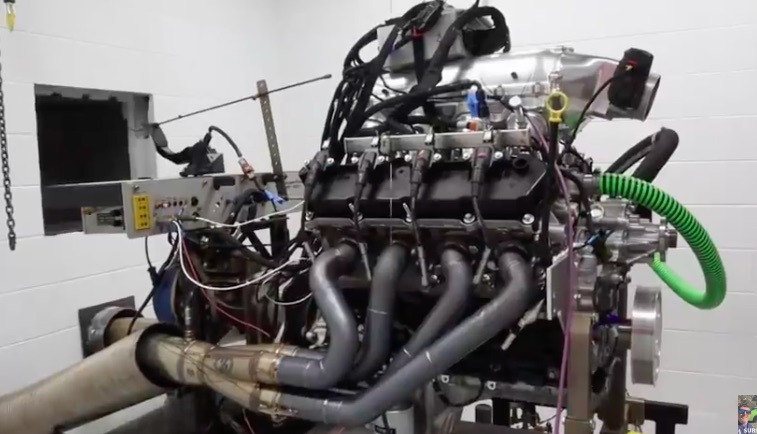 Godzilla Roars! Watch This 7.3L Ford V8 Make 789hp Naturally Aspirated As It Awaits A Blower