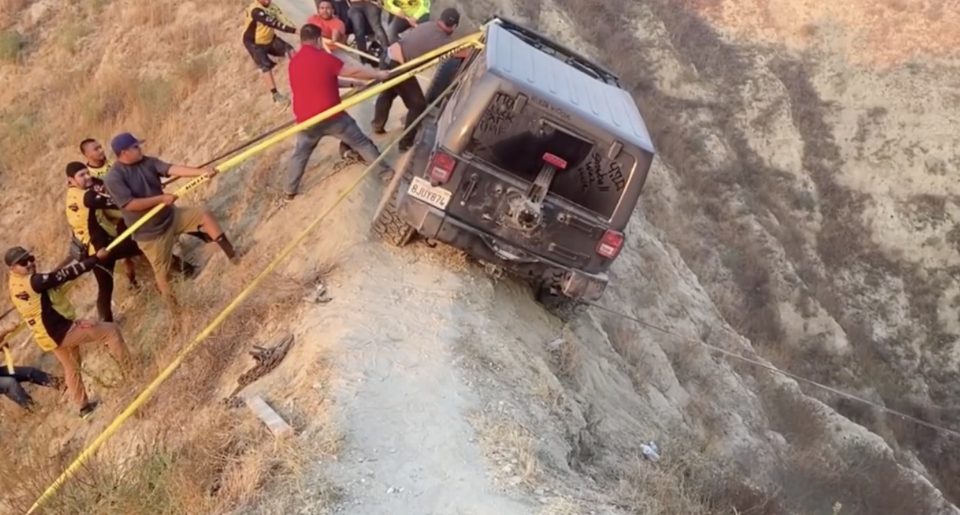 Gentle, Now: Saving The Jeep That Was Stuck On The Razor Ridge Trail In California