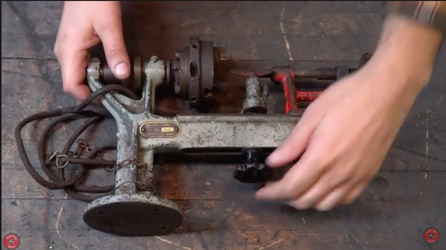 Awesome Resto Video: Watch This 100 Year Old Jewelry Lathe Get Restored With Narration – Cool Stuff!