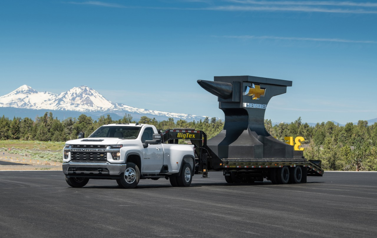 The Towing Wars Continue: Now GM Is Getting Involved!