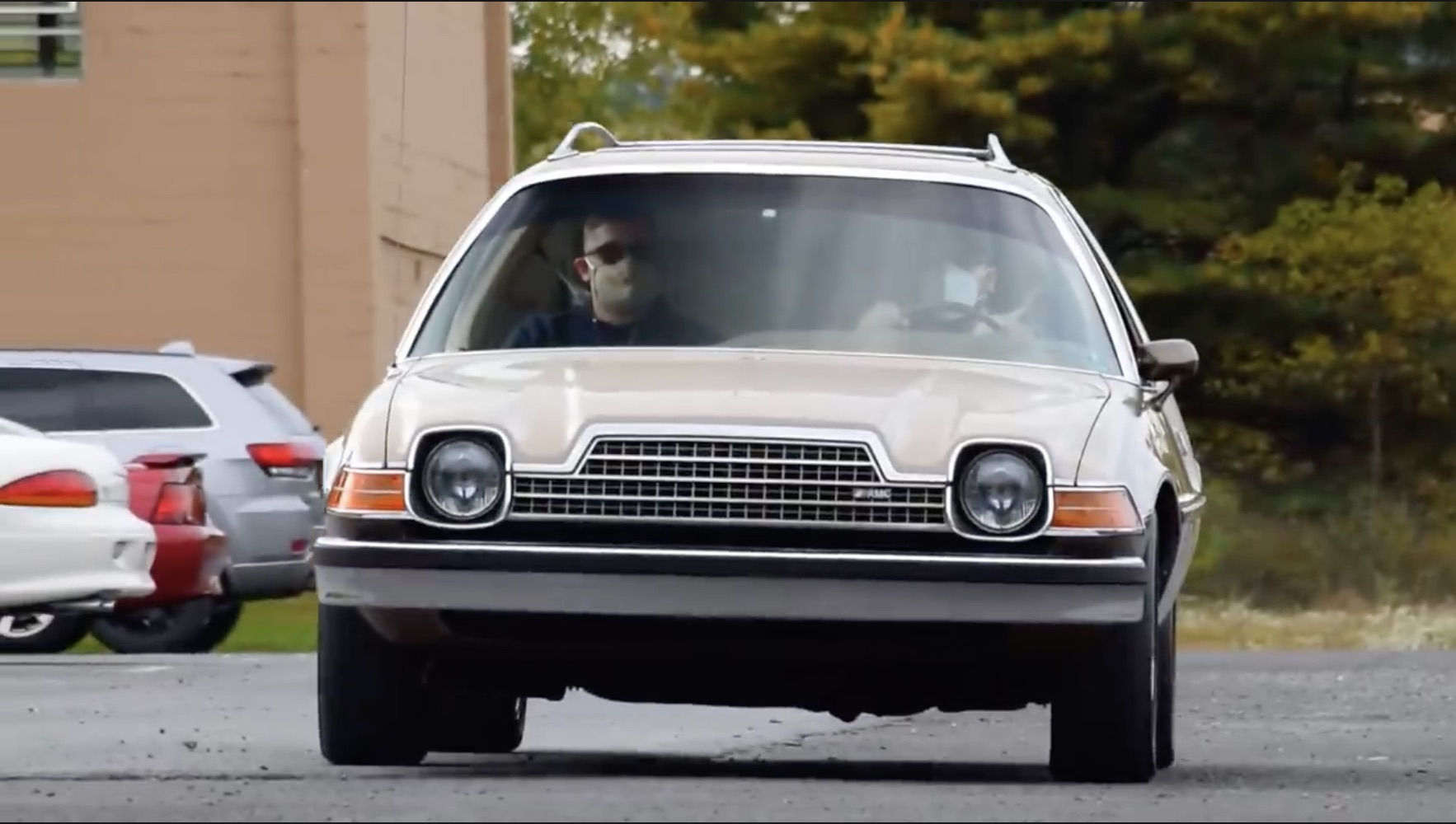 American Alternative: Reflect On The AMC Pacer, The Car That Tried It's Best