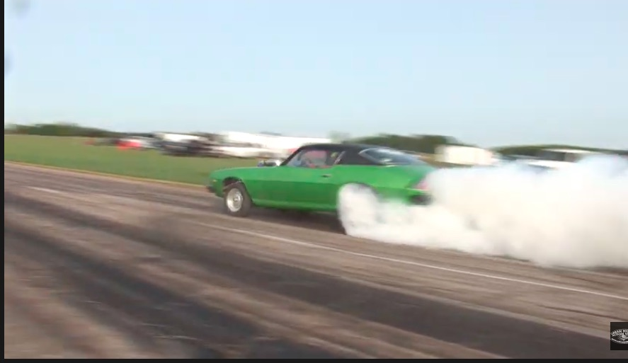 Simple, Awesome, and Fun: Watch These Hot Rods Hammer Down An Old Kansas Air Strip