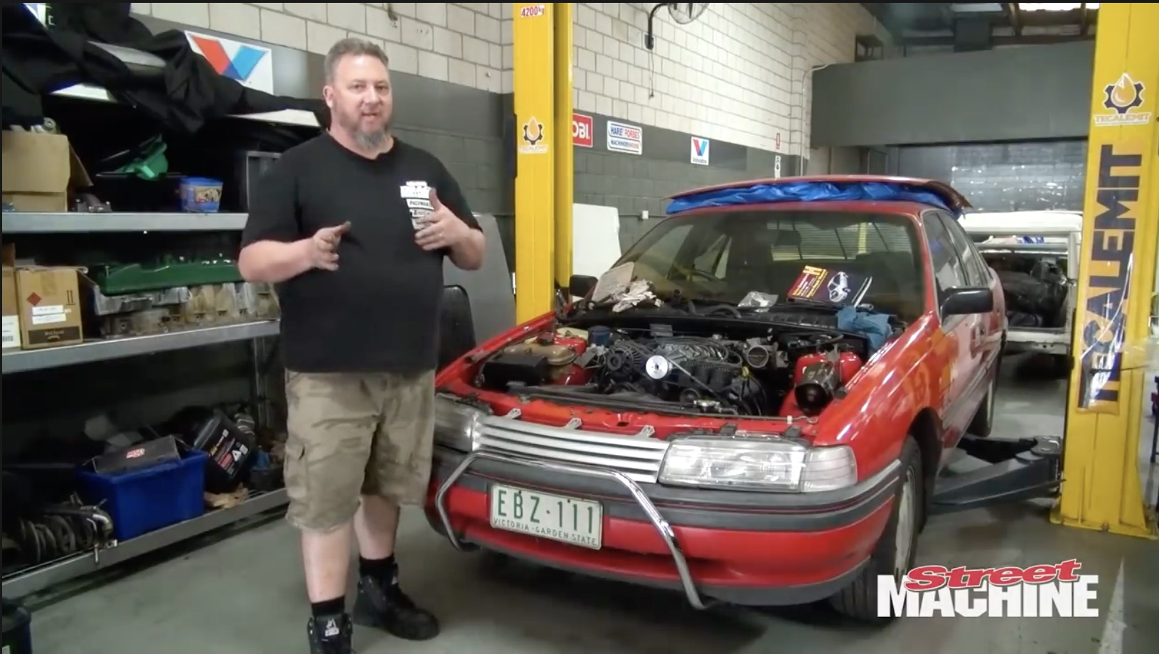 That Odd Bark: The Blown V6 Holden Berlina Barks To Life For The First Time!
