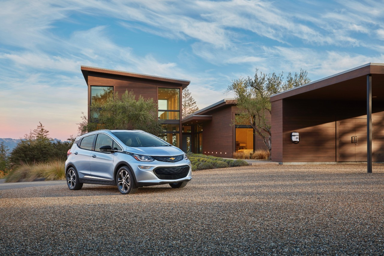 Unhinged: GM Is Going All-In On Electric Vehicles By 2035? That Sounds Bold…