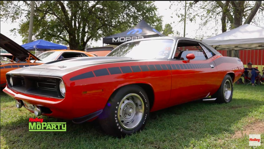 Video: This Owner Restored 1970 AAR 'Cuda Is Awesome – 340 Six-Pack, Pistol Grip, More!