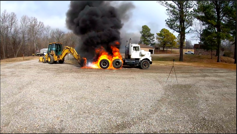 Blazing Inferno: Watch This 1974 White Road Boss Perform The Most Epic Big Rig Burnout Ever – Detroit Diesel Power!