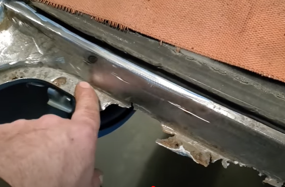 Rust Repair How To: Fixing Trunk Flange Gutters The Right Way With Fitzee