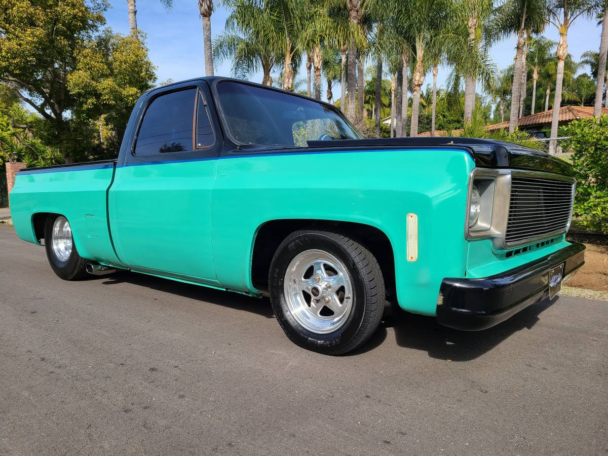 This Custom 1976 C10 Squarebody Short Bed Has A Twin Turbo Big Block And 1990s Style For Days