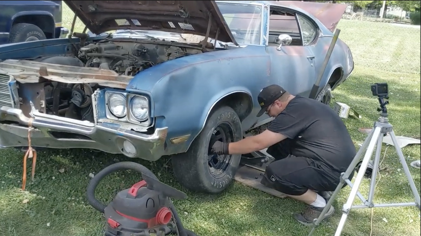 The Rodentia Hotel: Saving A 1971 Oldsmobile Cutlass, But At What Cost?