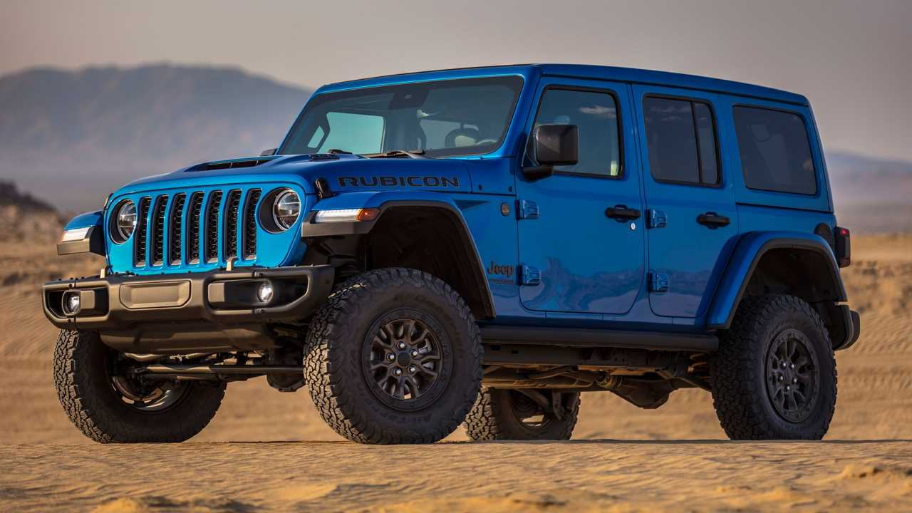 Big Power, Bigger Dollars: Does The 392 Powered Jeep Stand Up To The 518hp V8 Defender?