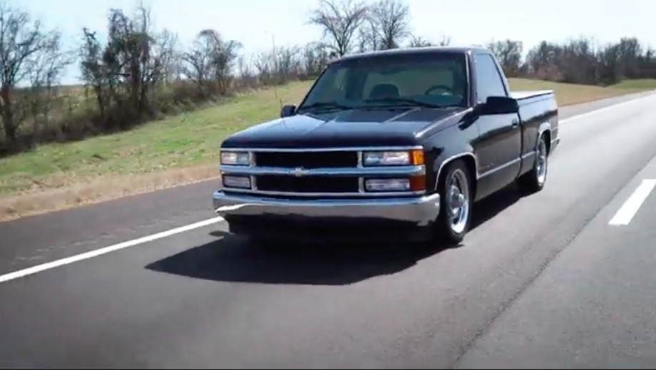 Parking Lot Transformation: Check Out This 1997 OBS Chevy Getting Ride Tech Air Suspension In Rustic Conditions!