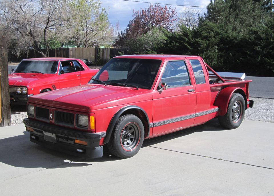 This Rear Engine S10 Is 500 Caddy Powered And Pure Excitement I'm Sure.