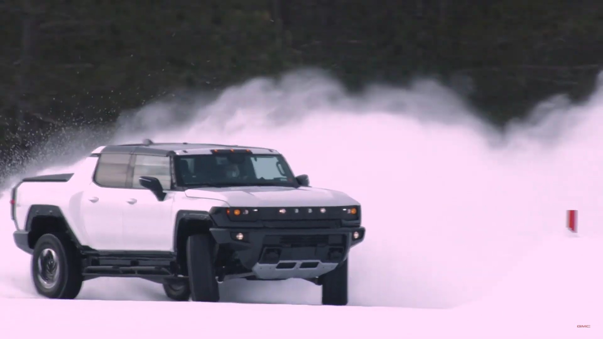 4.5 Tons Of Fun: The GMC Hummer EV Will Weigh A Reported 9,046lbs – Pretty Crazy