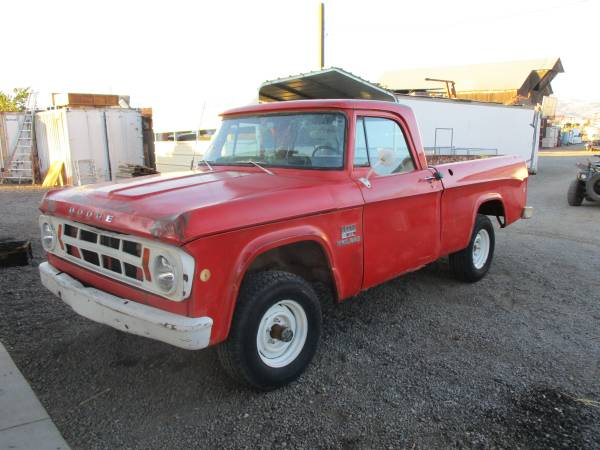 Rough Start 1969 Dodge W100 Power Wagon! 383, 4 speed, Short Bed Greatness Right Here!