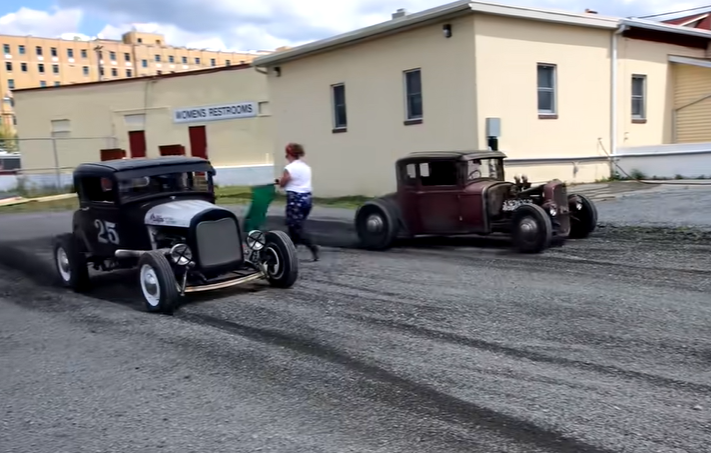 Allentown Vintage Drags: Traditional Hot Rods And Motorcycles Racing Heads Up On Gravel!