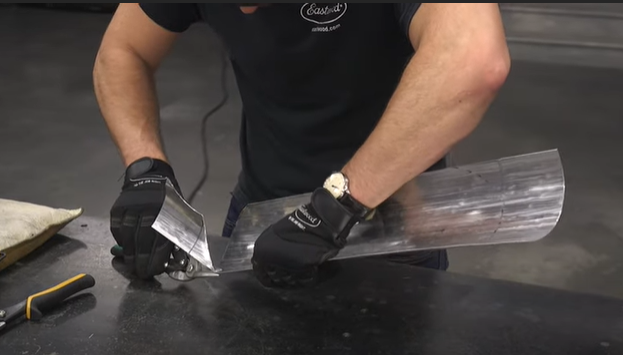 Metal Fab In Minutes: How to Use a Shrinker & Stretcher, Panel Beater Bag & MORE